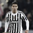 Hernanes sidelined for three weeks