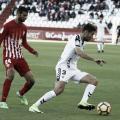 Joaquín sigue muy de cerca a su marcador | Fuente: La Liga