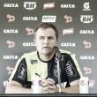 """Diego Aguirre tem receio sobre venda de Pratto ao futebol chinês: """"Estou preocupado"""""""