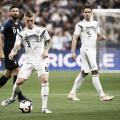 Kroos, en el momento de lanzar el penalti que supuso el 0-1.   Foto: UEFA