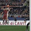 Pessima Roma, il Milan ne approfitta a metà: finisce 1-1 all'Olimpico