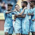 Grêmio goleia Caxias e dispara na liderança do Gauchão