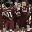 Un apabullante Liverpool deja viva a la Roma