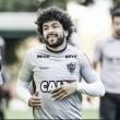 Luan volta a treinar no Atlético-MG e é opção para enfrentar o Bahia