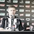 """Marlone é apresentado e avisa: """"Quero marcar meu nome na história do Atlético-MG"""""""
