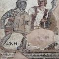 Mosaico romano que representa dos gladiadores combatiendo. Fuente: Wikicomons