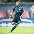 Naldo se iguala a Zé Roberto e se torna brasileiro com mais aparições na Bundesliga