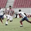 Na estreia de Givanildo Oliveira, Náutico peca nas finalizações e empata sem gols com Bahia