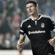 Gomez quits Besiktas and heads back to Fiorentina
