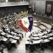 El Parlamento aprueba la reestructuración de la deuda rojilla