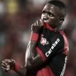 """Autor de gol da vitória, Vinicius Junior evita pensar no Real Madrid: """"Foco no Flamengo"""""""