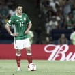 Após falhar com Giroud, West Ham anuncia contratação de Chicharito