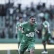 Chapecoense vira sobre Corinthians no último lance e deixa zona de rebaixamento