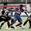 Léo Ceará marca duas vezes, mas Vitória só empata com Bahia no Barradão