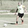 Goiás contrata zagueiro Raphael Silva, que estava no Criciúma