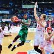 Legabasket: Avellino vola, Pesaro rimonta, alla fine decide Leunen