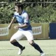 Robinho renova contrato com Cruzeiro e almeja títulos pelo clube