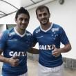 Aprovados nos exames, Lucas e Robinho treinam com bola pela primeira vez no Cruzeiro