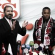 Ex-Atlético, atacante Robinho assina com clube turco até metade de 2019