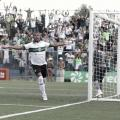"""Rodrigão celebra classificação do Coritiba, mas ressalta: """"Tem que manter os pés no chão"""""""