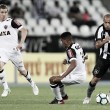 """Roger curte boa fase no Botafogo: """"Estou mais confiante"""""""