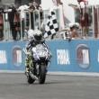 Vuelta al 2015. GP San Marino: Rossi acaricia el Décimo tras la locura