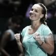 WTA Singapore: Svetlana Kuznetsova upsets Agnieszka Radwanska