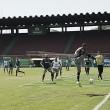 Cruzeiro treina sob olhares da torcida e encerra preparativos para enfrentar o Flamengo