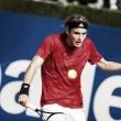ATP Metz: cade Tsitsipas, avanza Simon