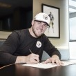 Pittsburgh Steelers sign No. 1 Draft Pick, T.J. Watt