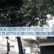 Com faixas, torcida do Cruzeiro protesta contra conselheiros envolvidos na Lava Jato