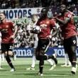 Manchester United goleia Swansea fora de casa e permanece invicto na Premier League