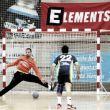Balonmano Cangas remonta el partido en los minutos finales