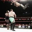 La tensión aumenta entre Roman Reigs y Seth Rollins