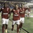 Em jogo de cinco gols, Vila Nova derrota Paraná e permanece no G-4