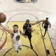 Golden State toma distancia de los Spurs