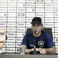 Wenderson diz confiar em chances no Botafogo e revela nervosismo em primeira coletiva