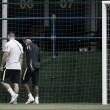 Neymar deixa treinamento e preocupa comissão técnica brasileira