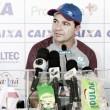 """Enderson Moreira lamenta empate contra Chapecoense: """"Deveríamos ter saído com a vitória"""""""