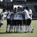 Jugadores del Mérida celebrando un gol de su equipo. (Fuente: Mérida AD)