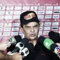 """Francisco Diá não confirma permanência no Campinense: """"A gente vai ver"""""""
