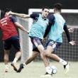 """Thiago Galhardo esquece eliminações do Vasco e pede foco no Brasileiro: """"Pensar em coisas grandes"""""""