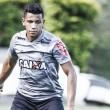 Pensando no futuro, Atlético-MG renova com volante Yago