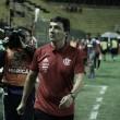 """Zé Ricardo reconhece queda de rendimento durante a partida e afirma: """"Empate foi justo"""""""