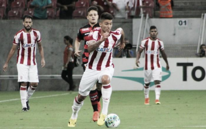 Givanildo faz mistério, mas confirma Tiago Adan no ataque do Náutico contra o CRB