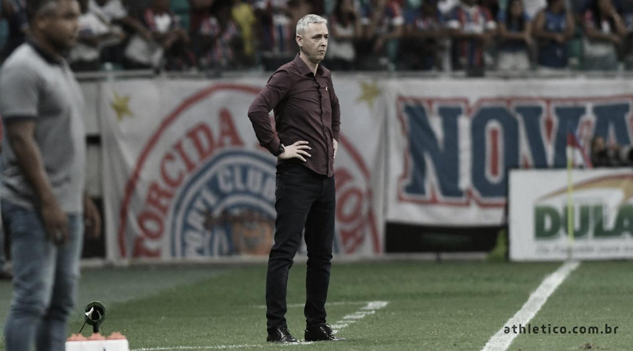 """Tiago Nunes destaca sintonia e confiança do CAP após vitória em Salvador: """"Poucos times têm isso"""""""