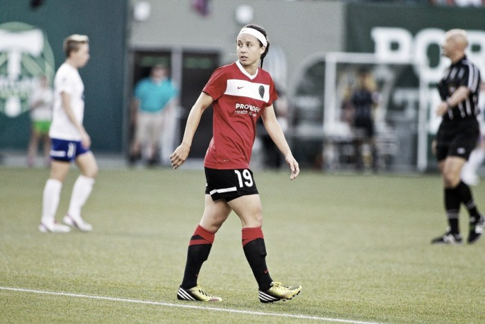 Boston Breakers sign midfielder Tiffany Weimer