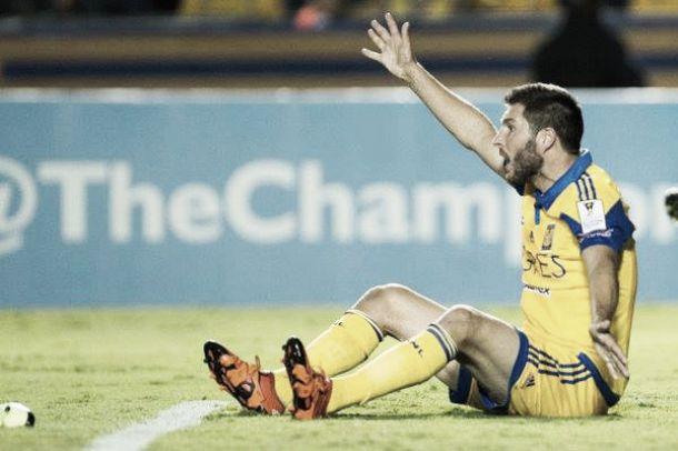 Avanzan sin convencer; Tigres en Cuartos de Final de Concachampions
