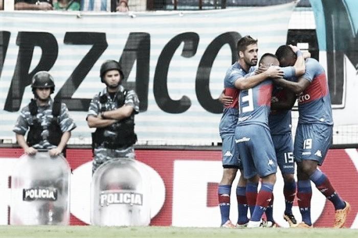 Racing 3-Tigre 3: lo amargó en el final