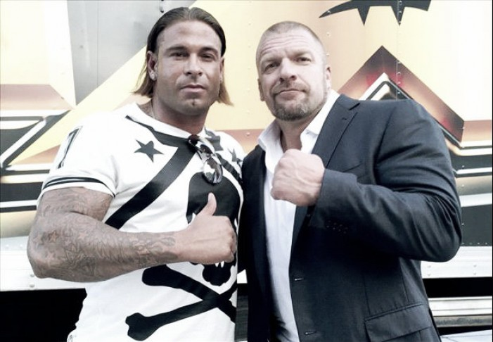 Tim Wiese signs with WWE